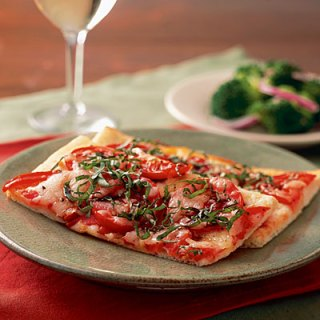healthy pizza margherita
